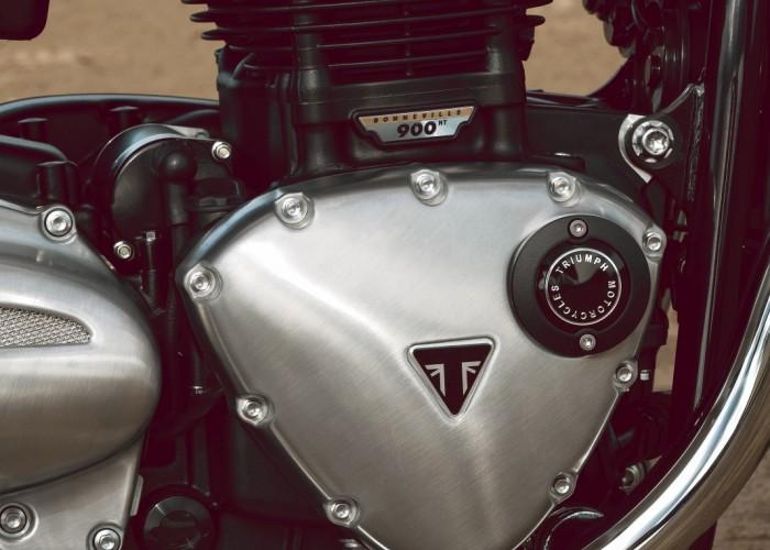 Triumph Bonneville Bud Ekins silnik 2