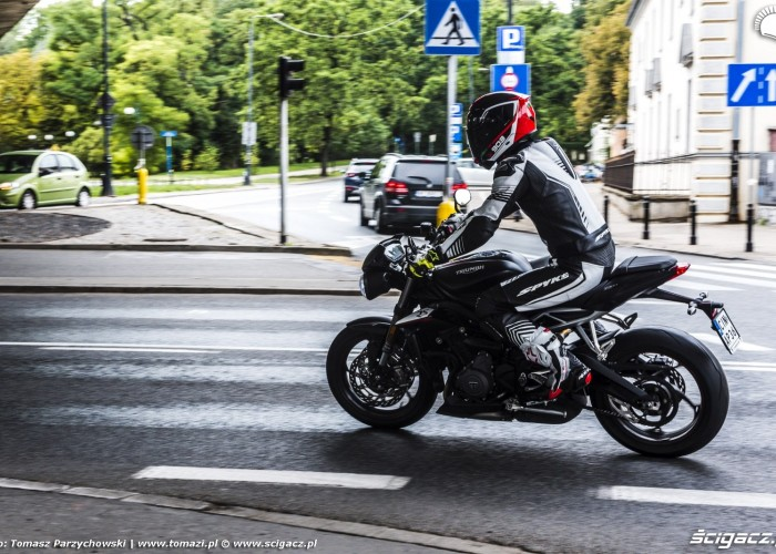 triumph street triple rs barry