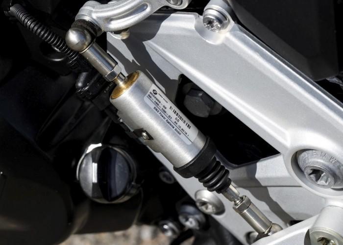 BMW F900R 2020 quickshifter