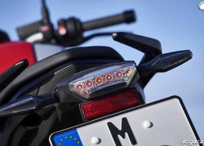 BMW F900R 2020 tylna lampa