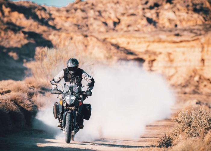 KTM 390 Adventure 2020 jazda off kurz