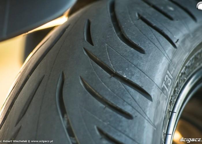 Bridgestone Battlax T31R 36