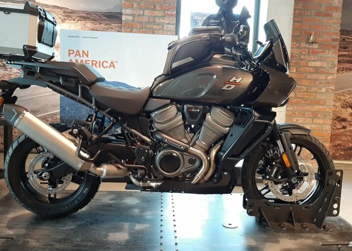 01 2021 Harley Davidson Pan America 1250 profil