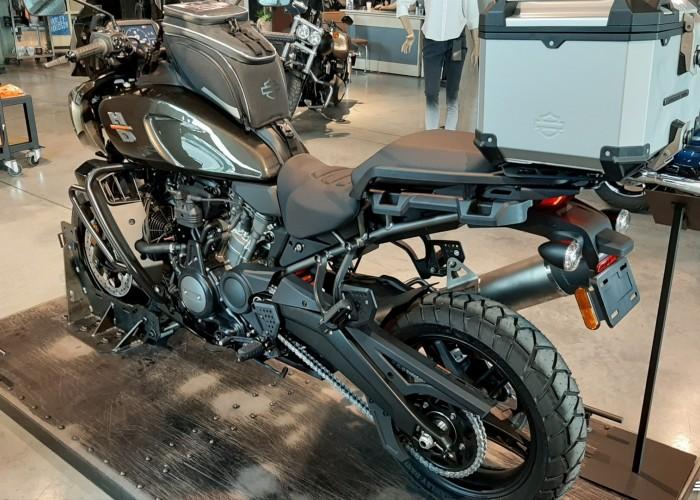 03 2021 Harley Davidson Pan America 1250 salon