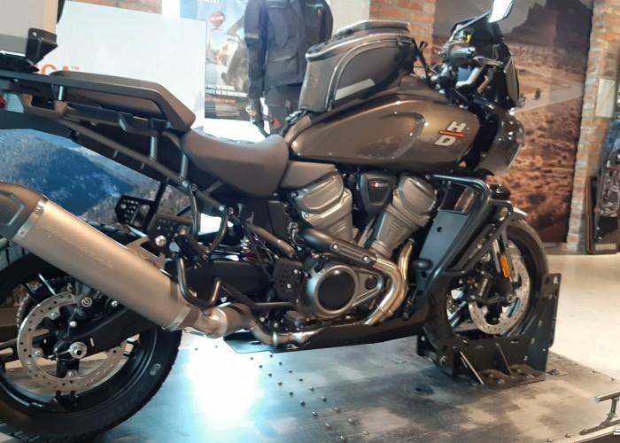 04 2021 Harley Davidson Pan America 1250 nowy