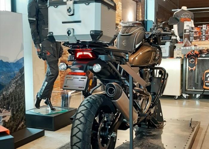 11 2021 Harley Davidson Pan America 1250 kufer
