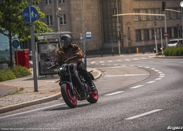 11 2021 Yamaha MT 09 winkle