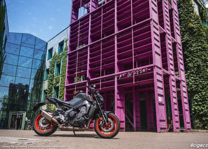16 2021 Yamaha MT 09 prezentacja