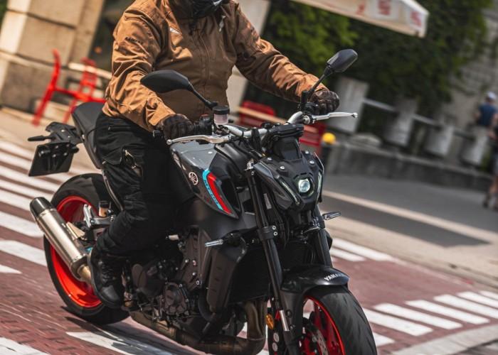 38 2021 Yamaha MT 09 Wojtek test