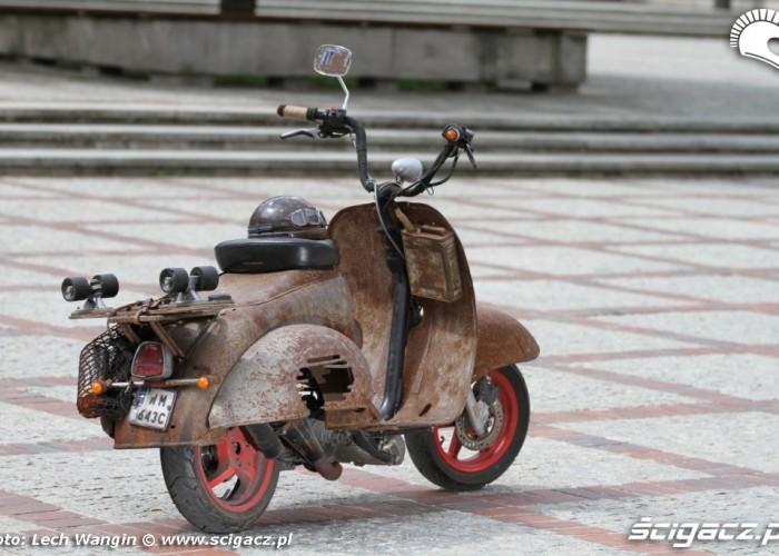 11 Yamaha zardzewiala custom