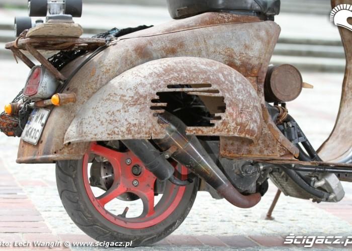 22 Yamaha JOG 50 RR custom tlumik