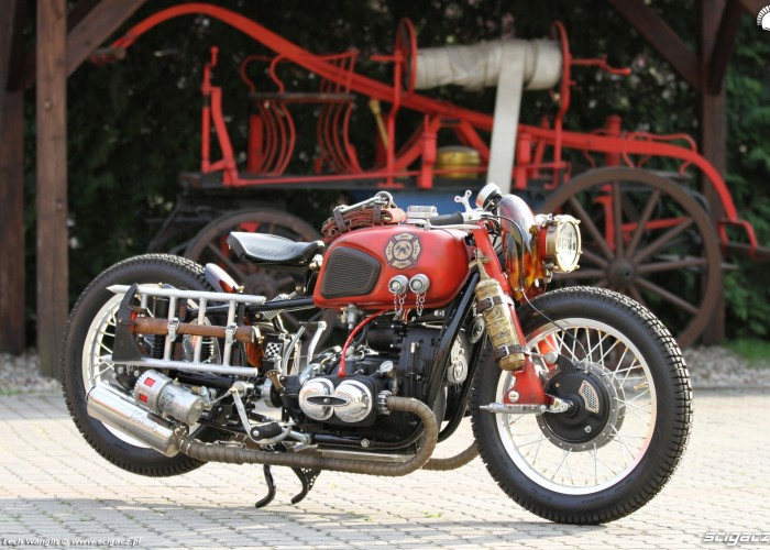 03 Dniepr K650 Fire Bike custom bok