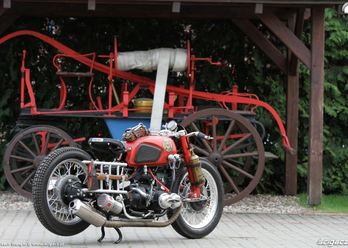 16 Dniepr K650 motocykl strazy pozarnej custom