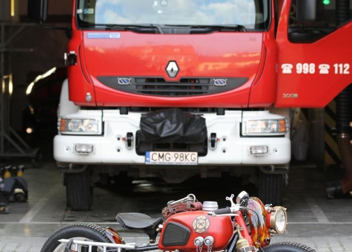 55 Dniepr K650 Fire Bike custom