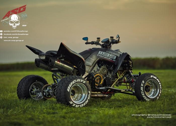 17 Ducati 1199 Panigale ATV Swap Garage tyl