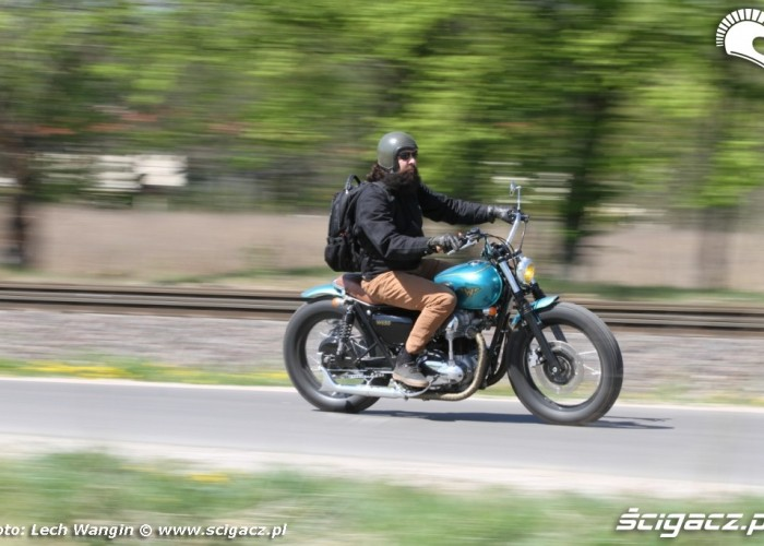 06 Kawasaki W 650 Flying Duxe bobber