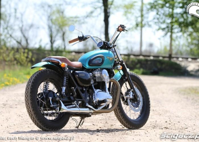 21 Kawasaki W 650 Flying Duxe custom bobber