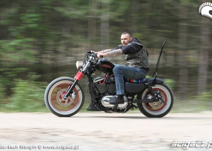 01 Custom Hell Ride Harley Davidson Sportster jazda