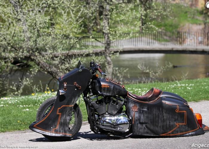 28 Harley Davidson Sportster 1200 Led Sled custom