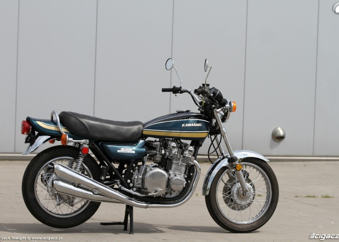 29 Kawasaki Z1 prawy bok