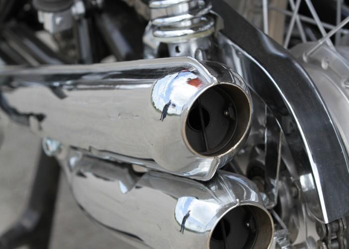 32 Kawasaki Z1 tlumik