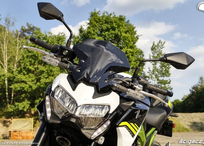 12 Kawasaki Z900 2021 przod