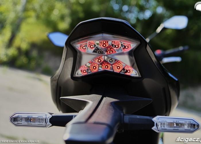 15 Kawasaki Z900 2021 lampa tyl