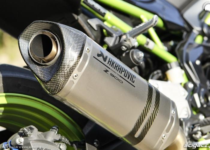 16 Kawasaki Z900 2021 tlumik