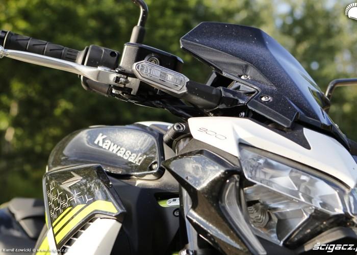 21 Kawasaki Z900 2021 z bliska