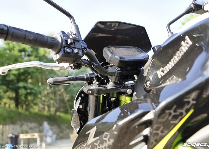 29 Kawasaki Z900 2021 kierownica