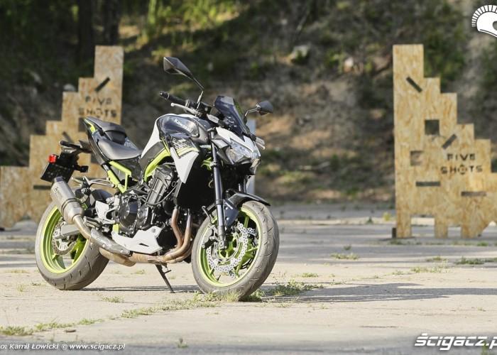 31 Kawasaki Z900 2021