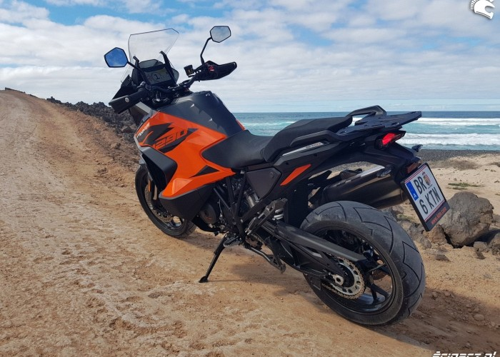 17 KTM 1290 Super Adventure S test 2021