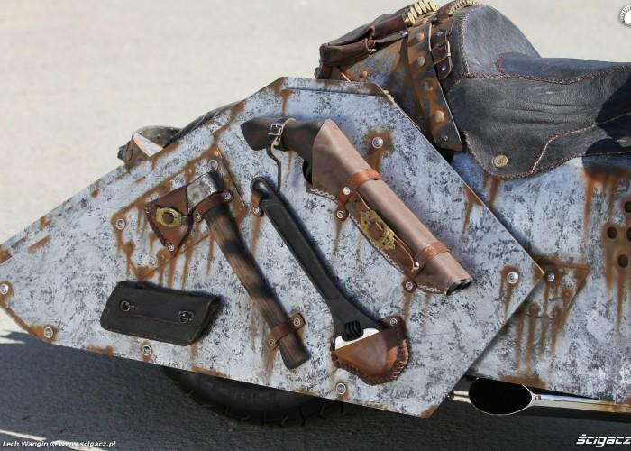 13 Yamaha T Max Custom bron