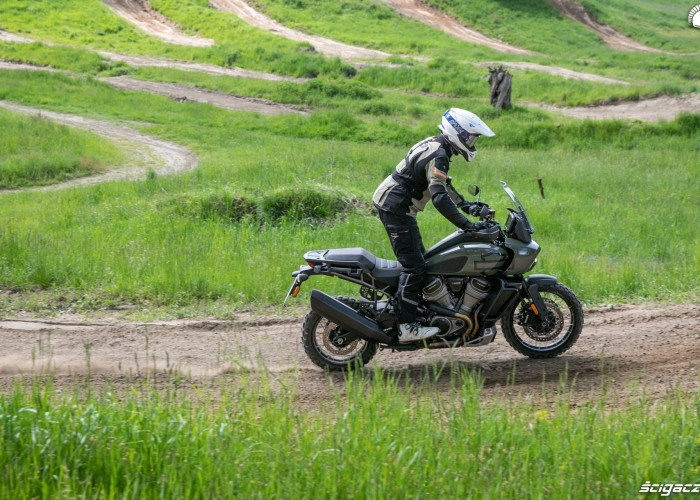 22 Harley Davidson 1250 Pan America 2021 jazda