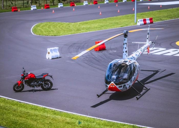 05 Testy prasowe Ducati Monster 2021