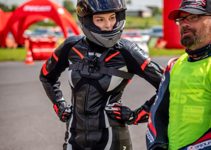 20 Testy prasowe Ducati Monster 2021