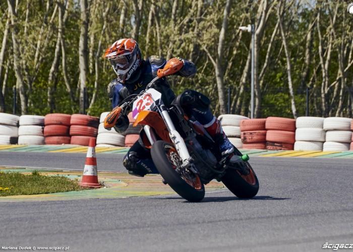 121 Tor Modlin Track Day Motocykle