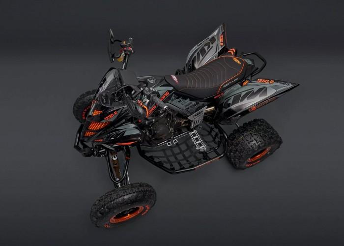 06 Quad z silnikiem KTM 1290 Super Adventure S Atv Swap Garage gora