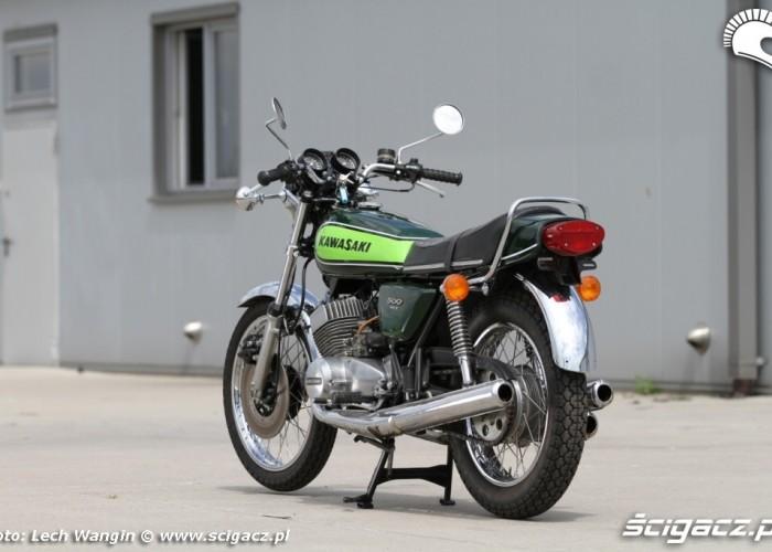 18 Kawasaki H1 Mach 3 tyl