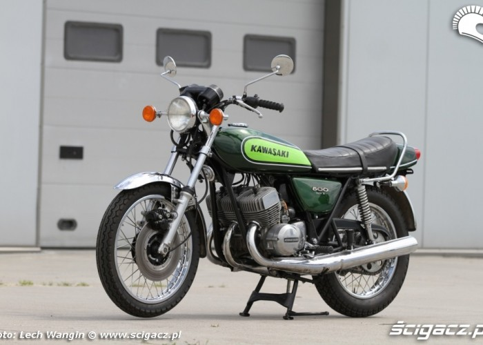 22 Kawasaki H1 Mach 3 po remoncie