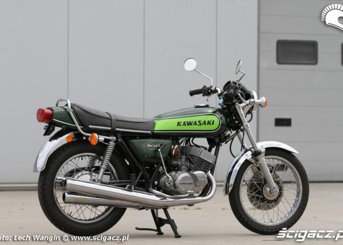 28 Kawasaki H1 Mach 3 prawa strona