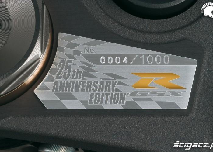 2010 gsx-r1000 limited tabliczka