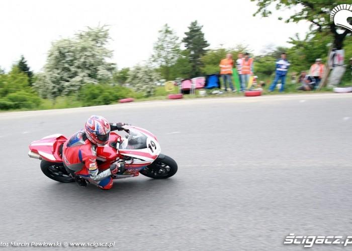 Ducati - zawody na ulicy