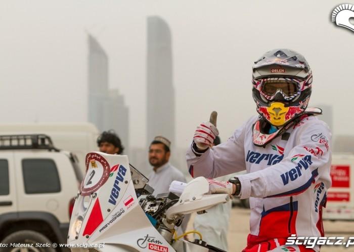 Abu Dhabi Desert Challenge 2012 Przygonski i wiezowce