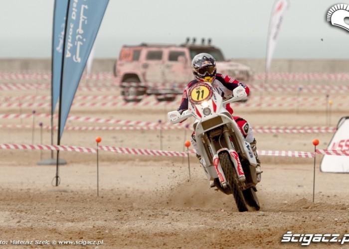Abu Dhabi Desert Challenge 2012 motocyklista
