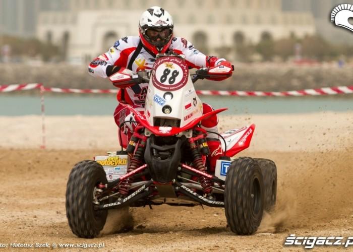 Sonik na quadzie Abu Dhabi Desert Challenge 2012