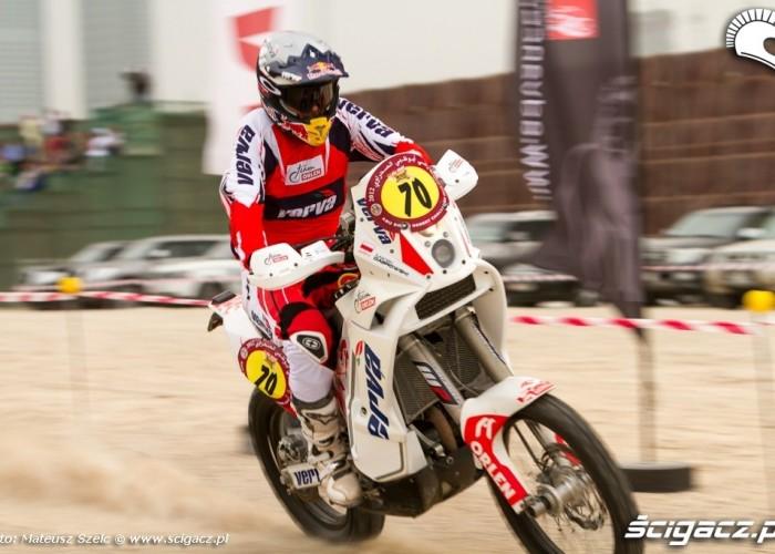 motocykle na Abu Dhabi Desert Challenge 2012