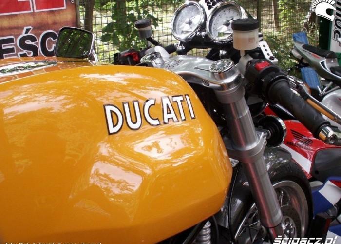 ducati cafe racer Warszawski Bazar Motocyklowy 18-19 wrzesnia