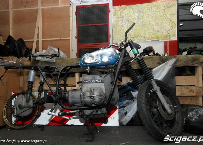 BMW R75 w warsztacie