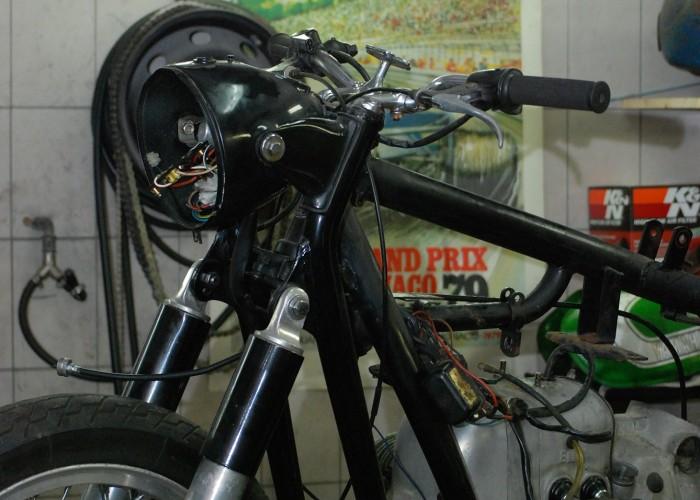 Motocykl na warsztacie